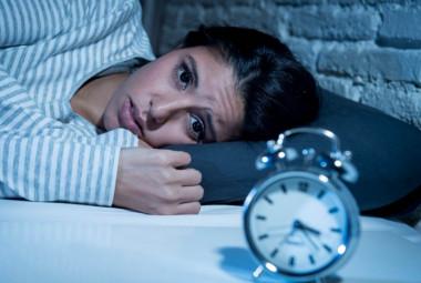 Tratamiento contra el insomnio por hiopnoterapia